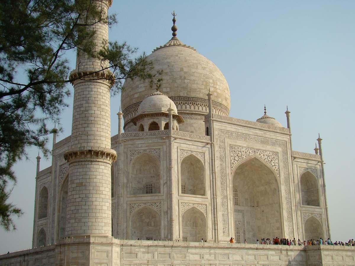 stock photos free  of building Taj Mahal, India dome