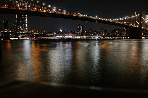 building calm sea brooklyn bridge park