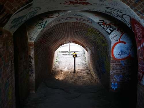 brick path way and post golden gate bridge welcome center