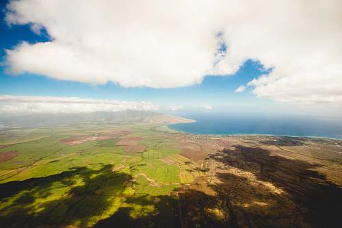 hawaii aerial photography of pains cloud
