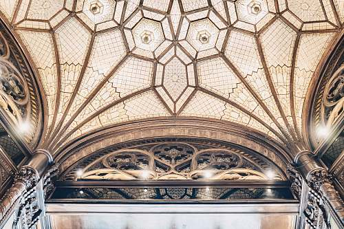 building brown and gray dome building arch