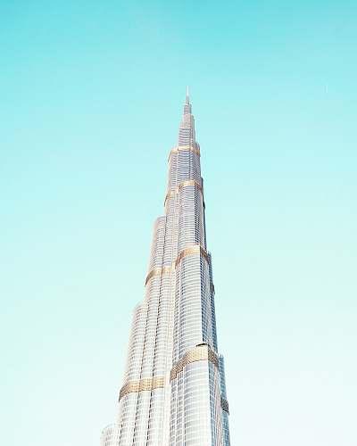 building Burj Khalifa skyscraper