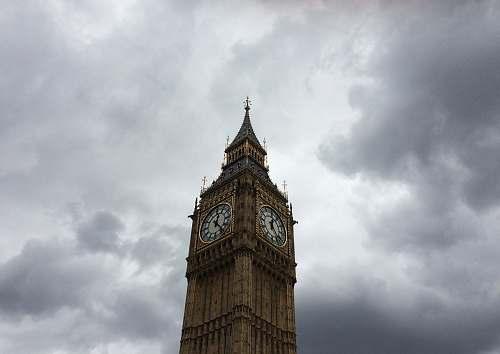 tower Elizabeth Tower under white clouds clock tower