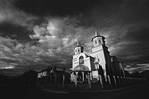 building grayscale photo of cathedral black-and-white