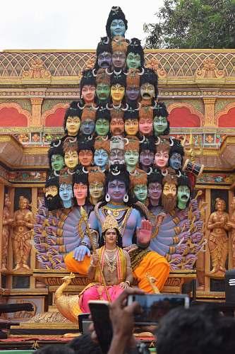 building Hindu God statue temple