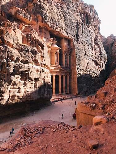 housing Petra during daytime monastery