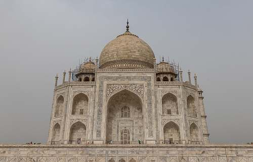 building Taj Mahal during daytime dome