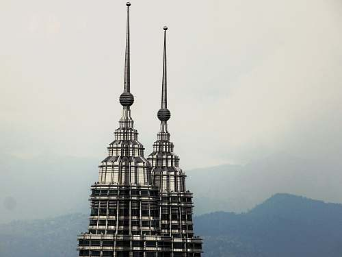 building view of twin towers spire