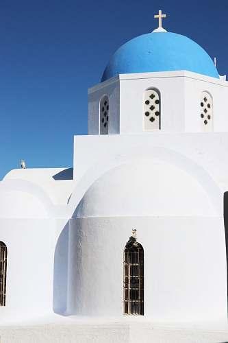 building white and blue concrete church dome