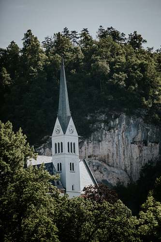 building white and gray concrete church spire