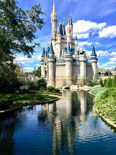 building Disney Castle, Singapore orlando