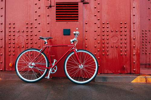 bicycle red mountain bicycle golden gate bridge