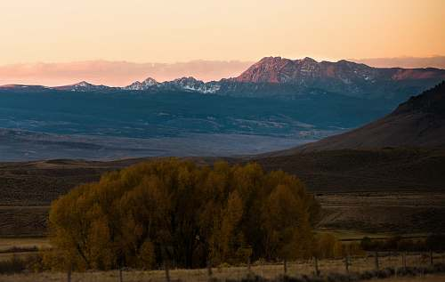 mountain Grand Canyon during daytime mountain range