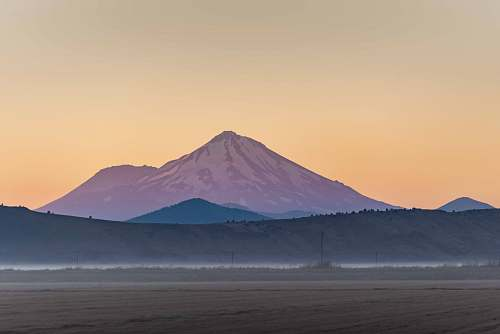 mount shasta landscape photo of a mountain arctic