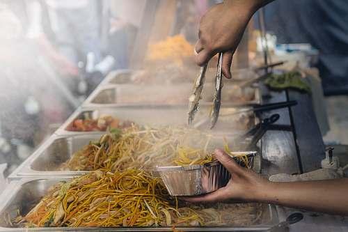 noodle stir fry noodles street food