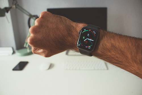 photo wristwatch person wearing Apple Watch digital watch free for commercial use images