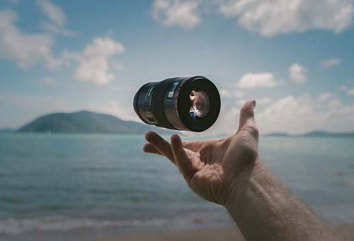 lens shallow focus photography of image stabilizer levitation photography