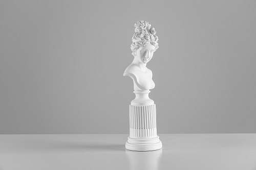 statue female head bust art