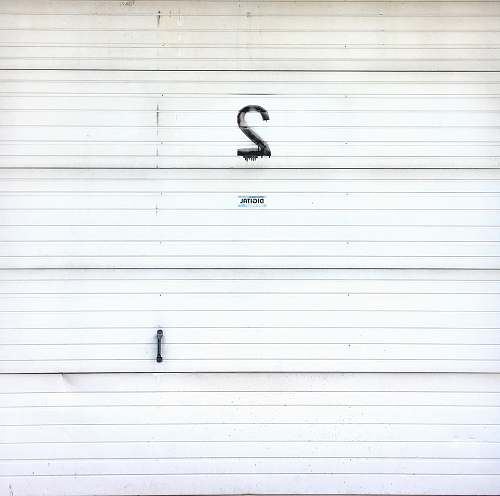 numbers white metal wall with 2 print garage