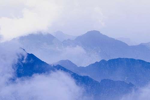 mountain bird's-eye view photography of mountains crest