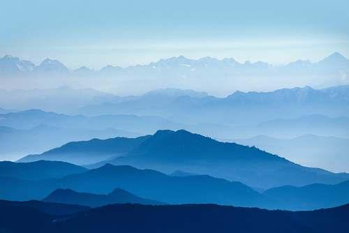 mountain view of mountain mountain range
