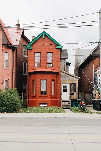 toronto brown 2-storey house canada