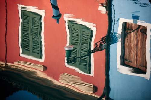 venice painting of red building italy