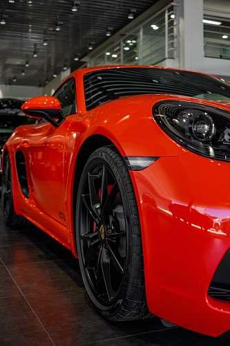 machine red car spoke