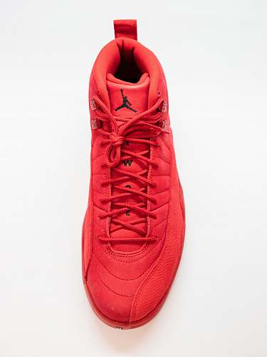 apparel unpaired red Air Jordan 12 shoe shoe