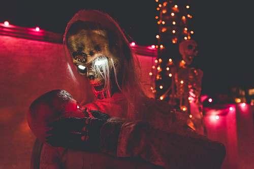 lights brown skull Halloween decor red