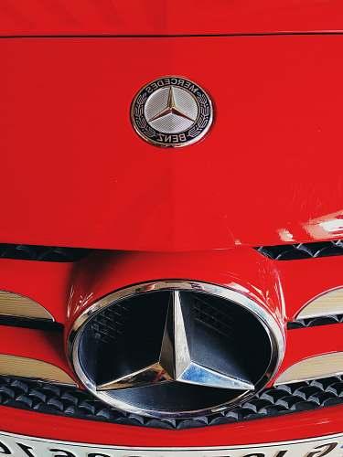 trademark red Mercedes-Benz car symbol