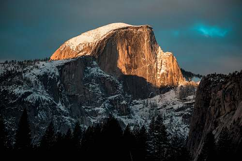yosemite brown and gray mountain during night time nature
