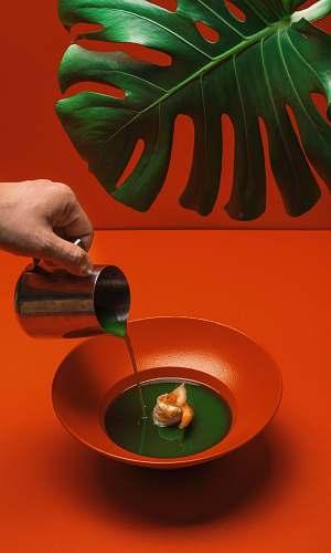 food red ceramic bowl color