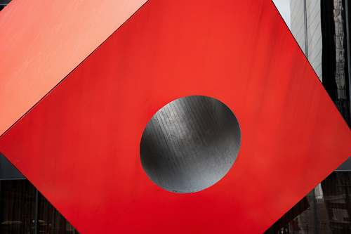 hole red cube tube box sphere