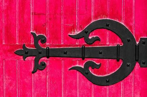 text black metal gate design symbol