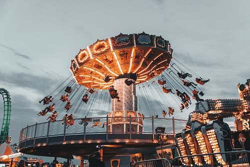 food people riding amusement park ride wildwood