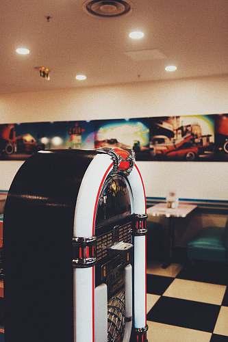 food turned-off jukebox lille