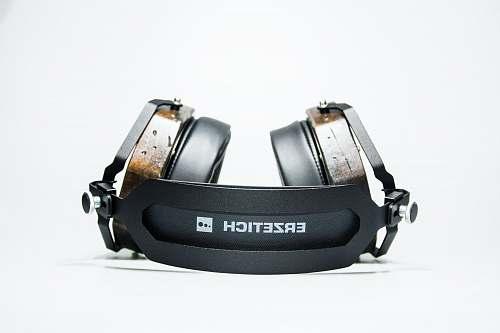 wristwatch black Erzetich wireless headphones headphones