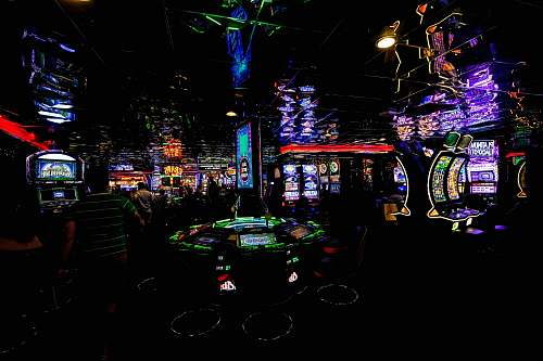 photo game people in gaming room slot free for commercial use images
