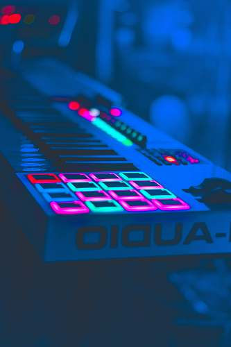 keyboard turned on electronic keyboard buttons