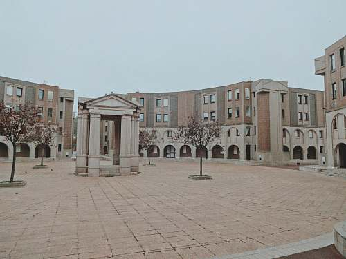 city empty European-styled plaza during daytime downtown