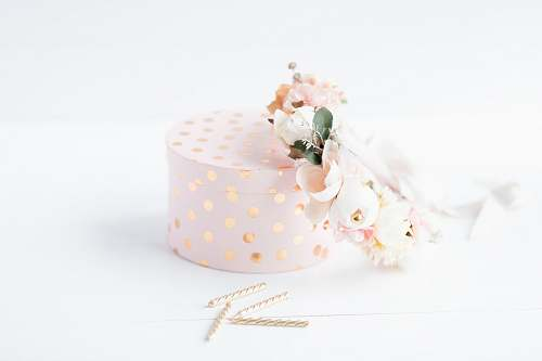 apparel white and pink polka dot gift box with pink and white roses clothing