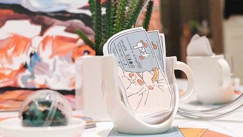 flora white ceramic mug holder jar