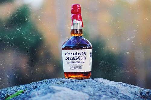 alcohol photo of Maker's Mark bottle bottle