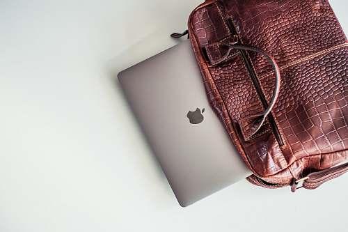 handbag MacBook Pro accessory