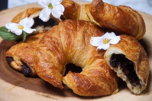 food baked croissants croissant