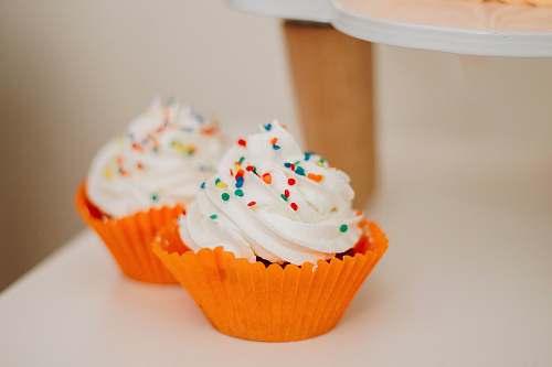 creme two vanilla cupcake cupcake