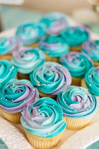 food blue cupcake cream