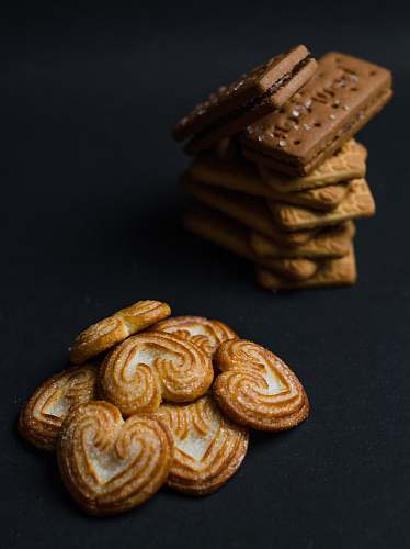 bread baked biscuits cracker