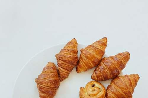 paris baked croissants france
